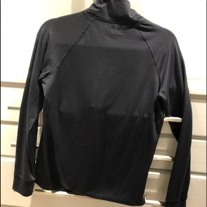 Under Armour Jackets & Coats - Under armor zippered pullover